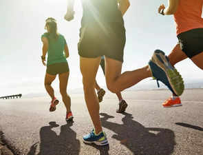 Want to get better at running? Distract yourself, count your steps
