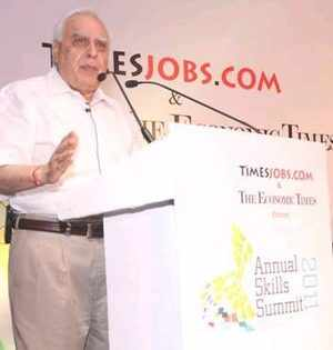 Kapil Sibal speaking at the Annual Skills Summit 2011