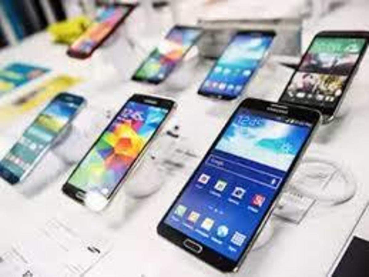 Mobile Phone Retailers Set To Reopen Stores Where Allowed The Economic Times