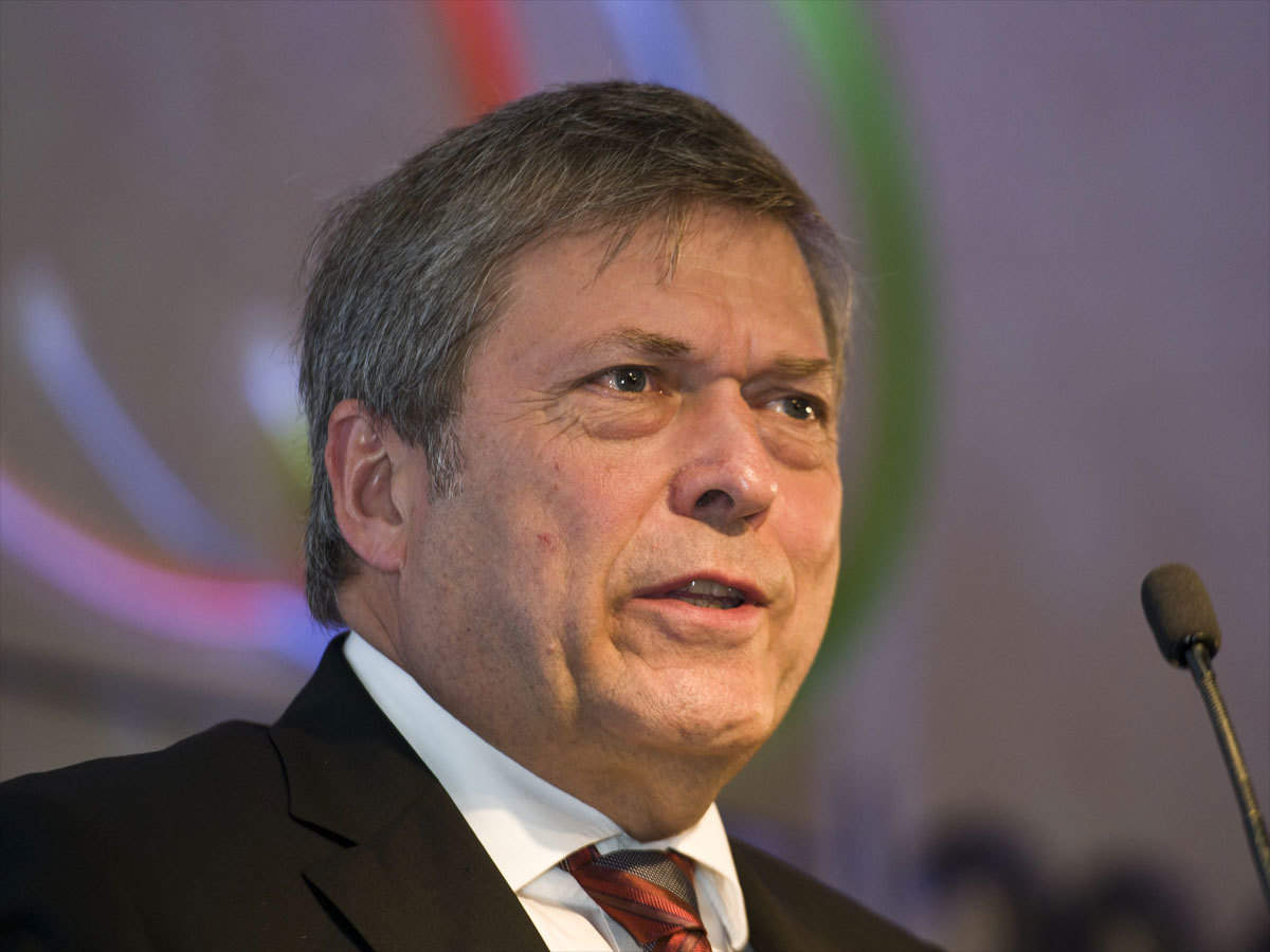 Tata Motors Md Guenter Butschek Calls For Collaboration Among Stakeholders Amid Covid 19 Crisis The Economic Times
