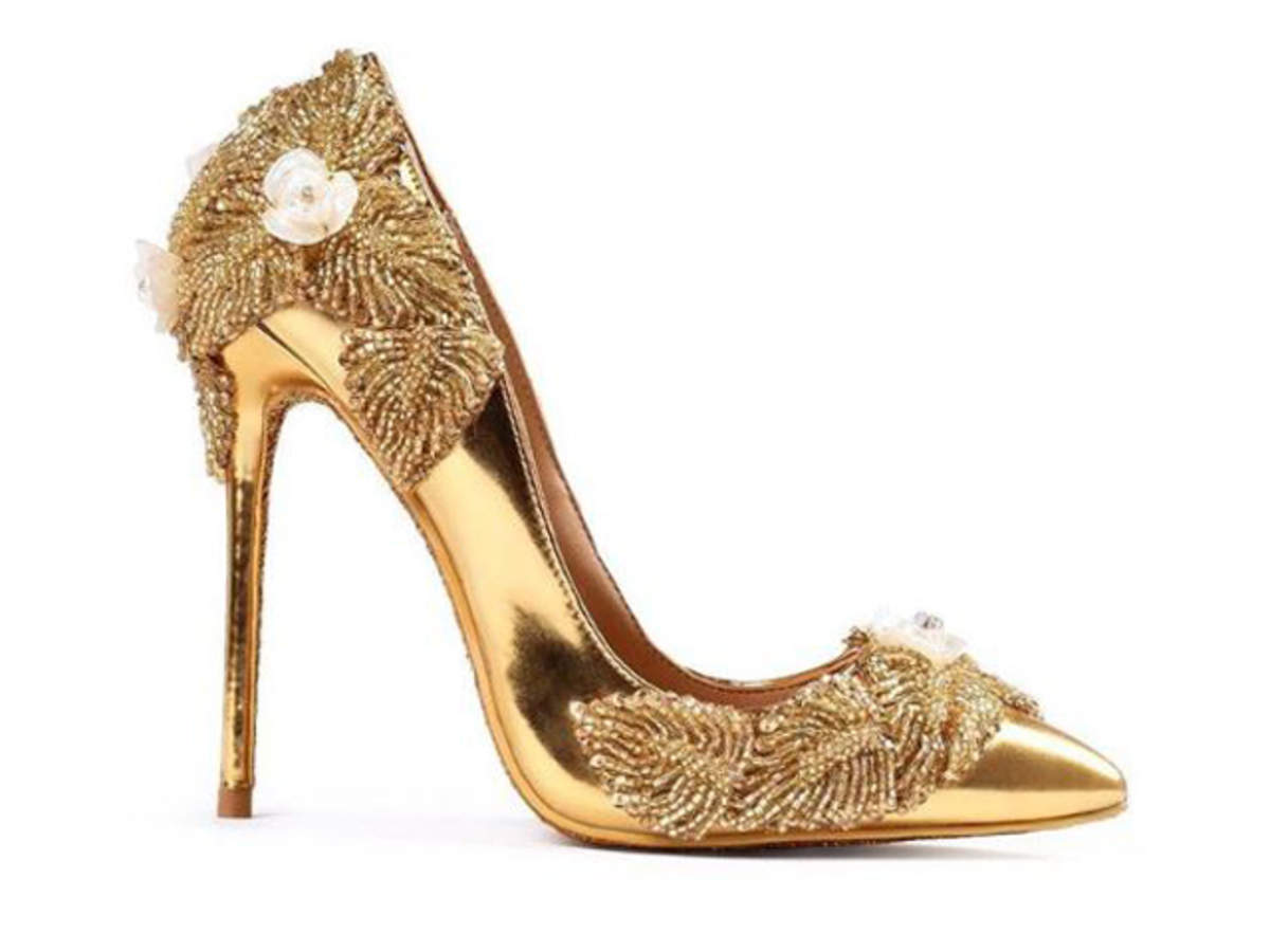 world's most expensive pair of shoes: World's 'most expensive' pair of  shoes has arrived, for Rs 123 cr! - The Economic Times