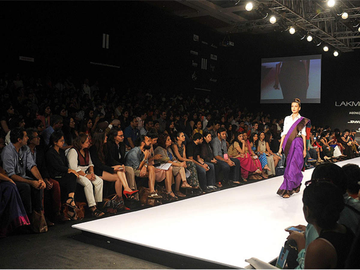 Designers Organisers Seek Innovative Ways To Battle Celebs Demanding The Front Row The Economic Times