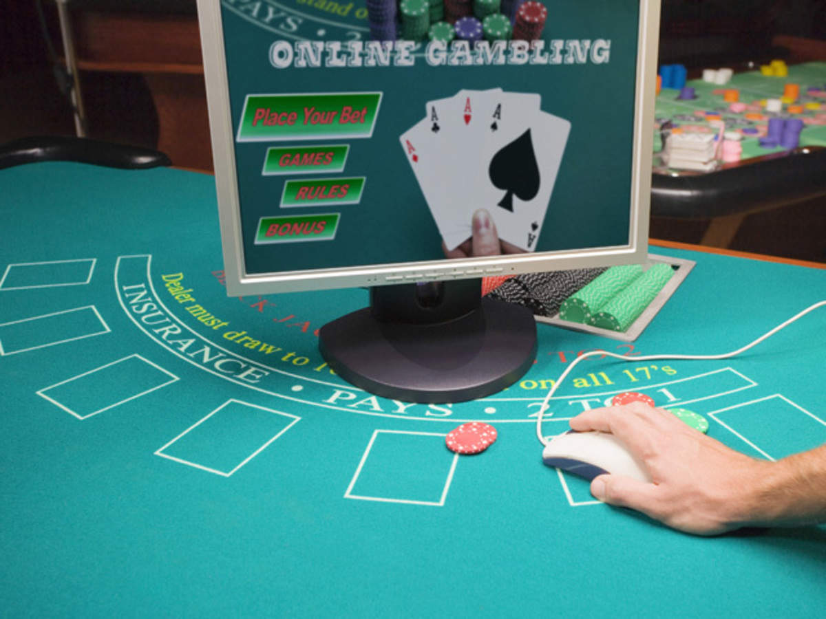 online poker platforms: Dealing a new deck! Bengaluru techies are bluffing away on online poker platforms - The Economic Times