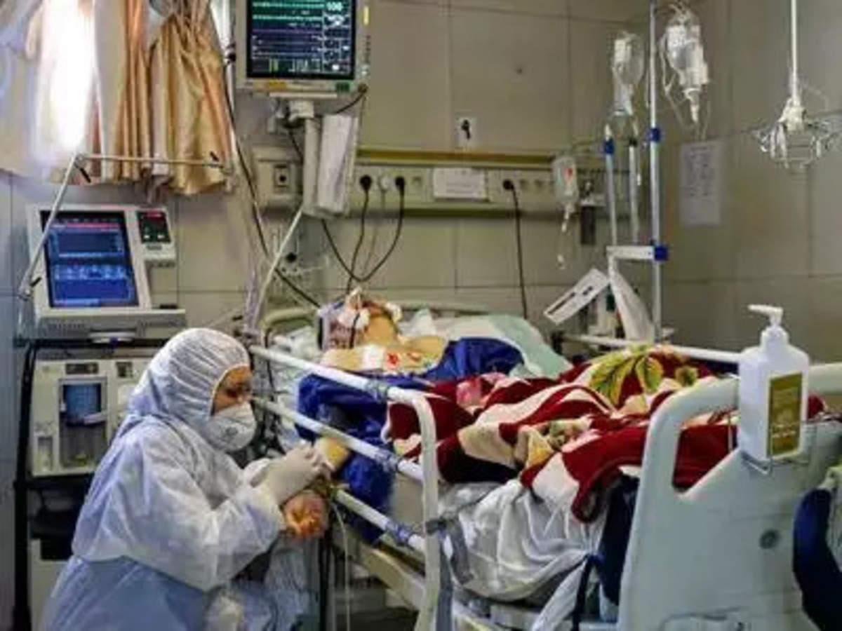 कोविड: क्या कोई व्यक्ति दो बार कोरोना वायरस से संक्रमित हो सकता है? | ET  Hindi