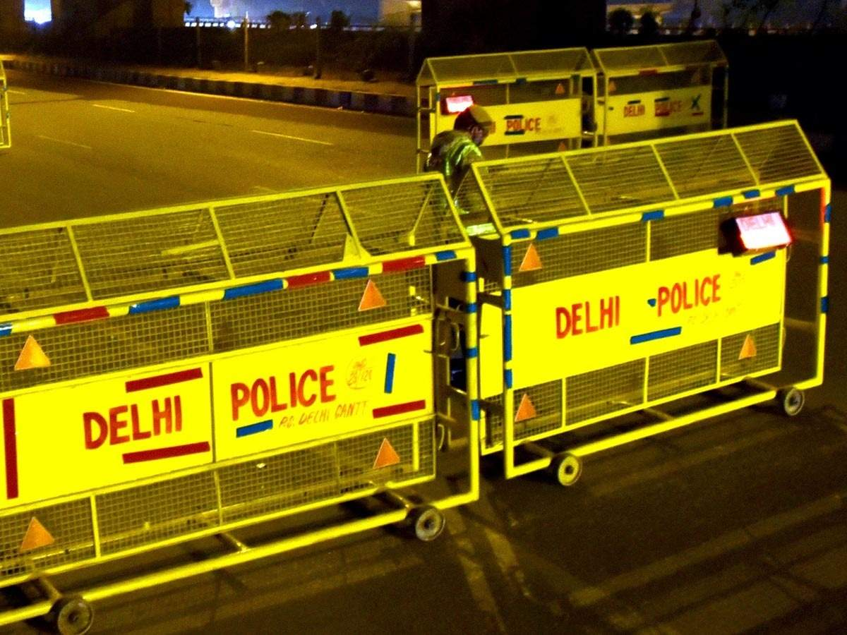 Delhi prepares for New Year eve with traffic measures, police deployment, COVID-19 protocol - The Economic Times