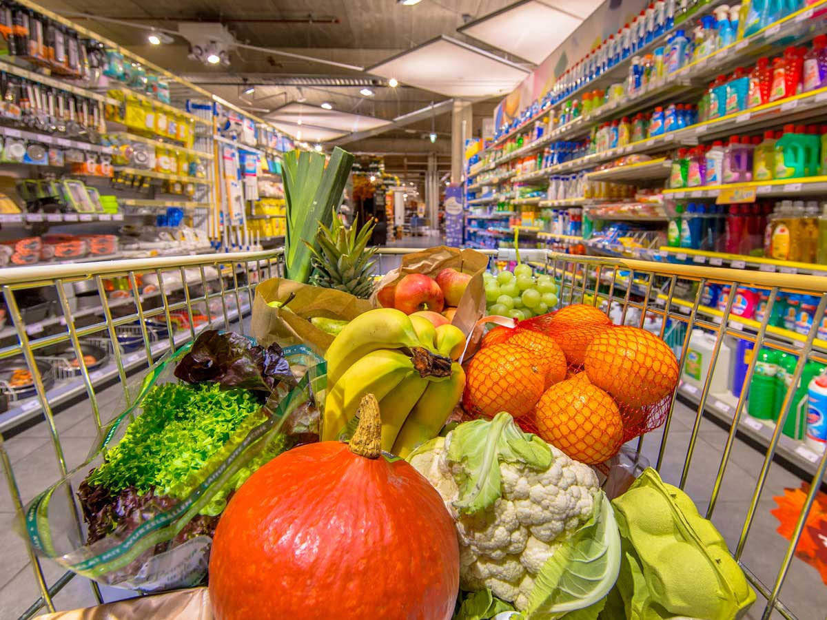 Festive purchases help food and grocery chains recover from Covid shock -  The Economic Times