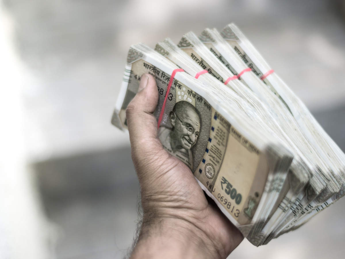 US Dollar/Indian Rupee: Rupee firms up 11 paise to 70.81 - The Economic Times