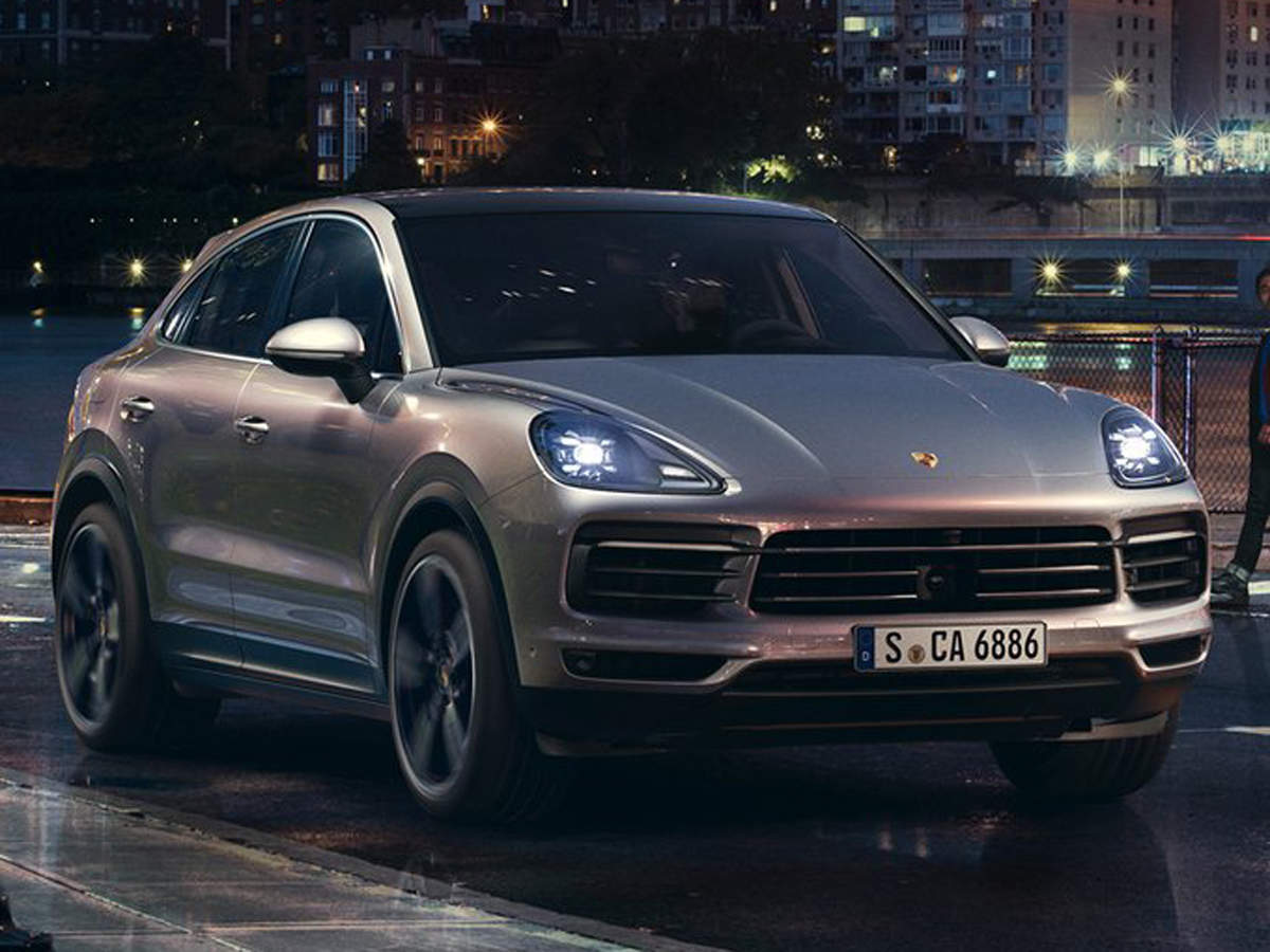 Porsche Cayenne Turbo Coupe Porsche Unveils 2 Models Of 3rd Gen Cayenne Coupe Starting At Rs 1 32 Crore The Economic Times