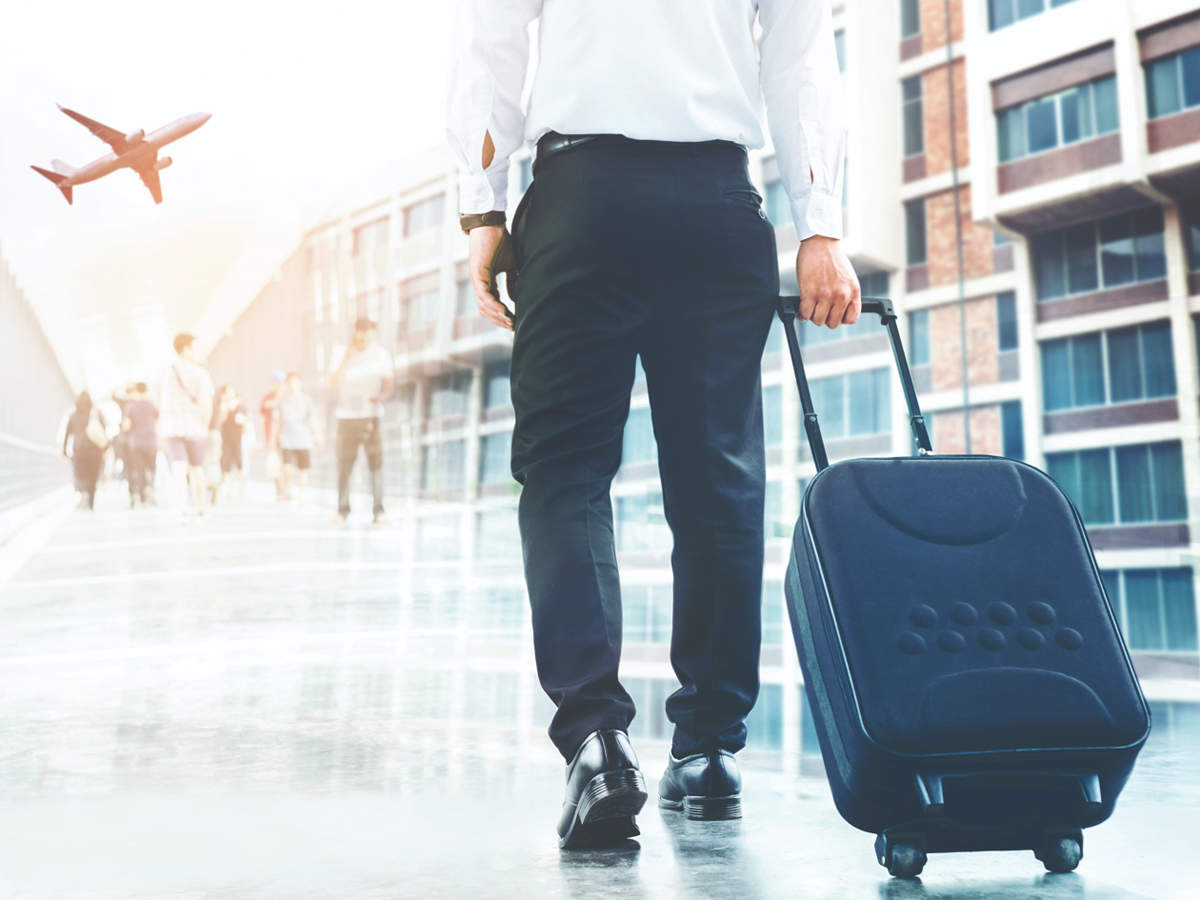 Samsonite may pack up bags at 100 stores - The Economic Times
