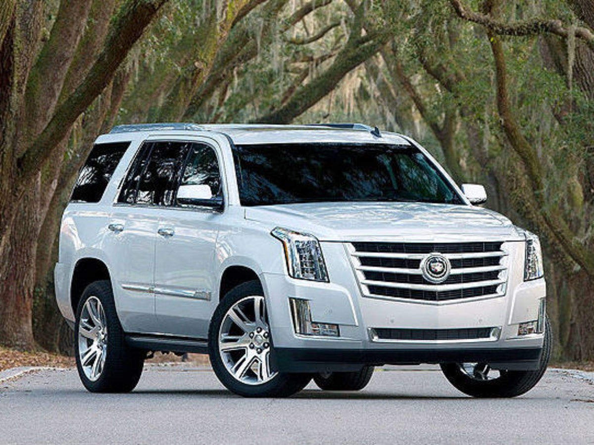 Cadillac S Rs 50 Lakh Escalade Has Brawn Dressed To Impress The Economic Times