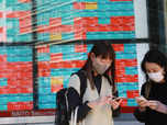 China's growth weakens amid construction woes