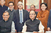 Budget 2016: Arun Jaitley to present budget amid worries over growth, reforms