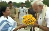 West Bengal: Mamata Banerjee arrives to greet PM Modi at Shantiniketan