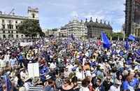 London: Thousands march to demand vote on Brexit deal