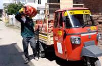 J&K: Underprivileged get free gas cylinders under PM Ujjwala Yojana