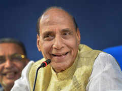 With light-weight opponents, Rajnath Singh gets virtually a walkover in Lucknow
