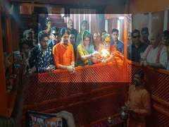Priyanka Gandhi to kick-start boat rally to Varanasi