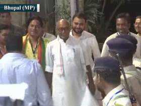 Digvijaya Singh visits EVM strong room in Bhopal amid row on voting machines