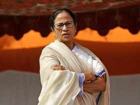 Mamata Banerjee offers to quit as West Bengal CM but TMC rejects
