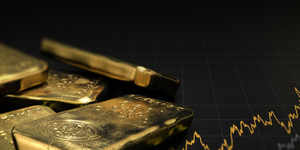 Gold futures up Rs 44 on firm global leads