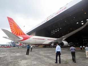 Shareholders of Jet Airways approve debt-for-equity swap