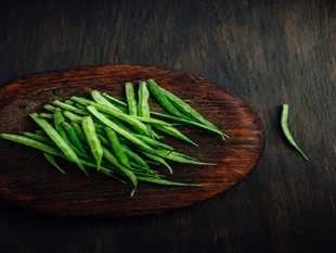 Agri Commodities: Guar seed, coriander, soya oil futures fall on weak demand