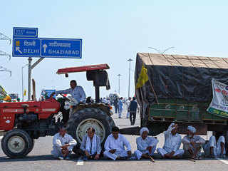 Farmers' protest enters 100th day; KMP expressway in Haryana blocked for five hours