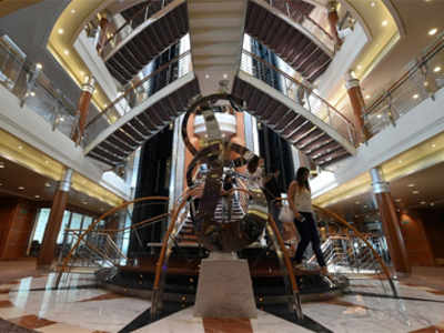 Ultimate luxury cruise: Regent Seven Seas Voyager