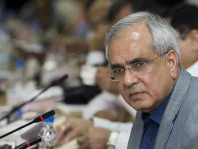 Rupee moving towards natural value: NITI Aayog VC