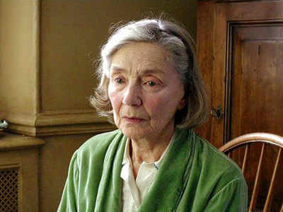 French screen icon Emmanuelle Riva dies at 89