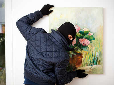 The pros and cons of stealing fine art: An easy crime, but impossible to sell