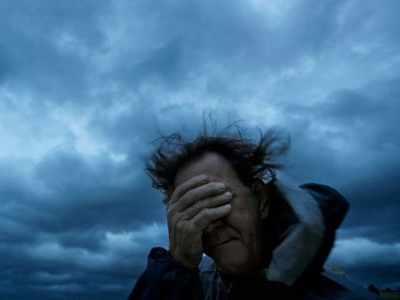 Hurricane Florence batters North Carolina with wind, rain