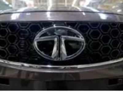 Tata Motors Q4 profit slumps 47% YoY to Rs 1,117 cr