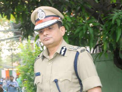 Kolkata ex-top cop moves Calcutta HC, seeks quashing of CBI notice in chit fund case