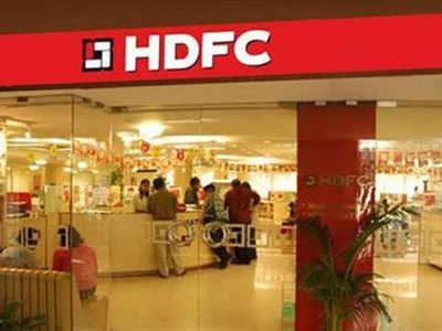 HDFC buys Apollo Munich Health for Rs 1,347 crore
