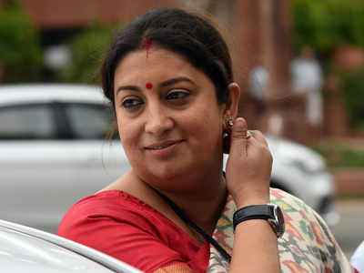 She will fight back: Smriti Irani posts picture of daughter, pens strong message for her bully