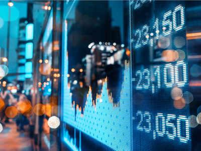 Sensex ekes out small gains, financials save the day