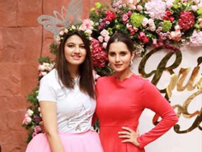 Pink roses, balloons and a floral tiara: Sania Mirza hosts bridal shower for sister Anam