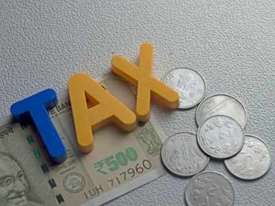 Announce convergence of all corporate tax rates to 15 pc in Budget: CII