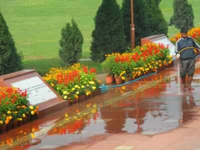 Locals, foreigners turned away as Rajghat closes for visitors ahead of Trump's visit