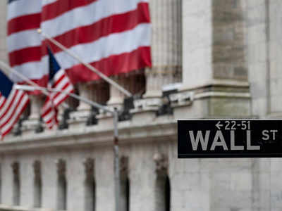 S&P 500 tops 3,000 on hopes of economic recovery, Covid-19 vaccine