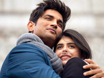 Sanjana Sanghi does a #ThrowbackThursday, posts Day 1 pic of 'Dil Bechara' 2018 shoot with Sushant S Rajput