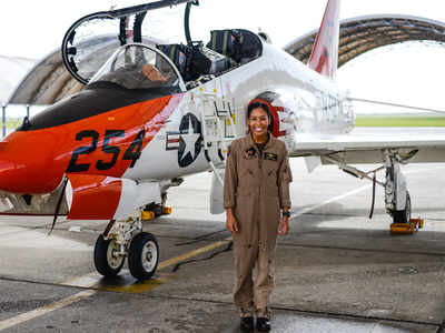 US Navy welcomes 1st Black female Tactical Aircraft pilot