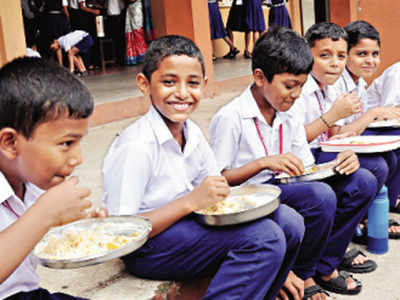Plan afoot to serve breakfast along with mid-day meal