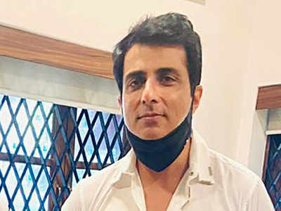 BMC urges Bombay HC to dismiss Sonu Sood's petition, says he had faced demolition earlier too