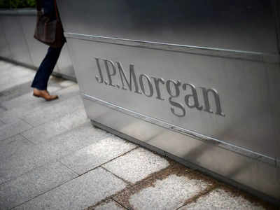 JPMorgan lending ratio falls as bank is flooded with deposits