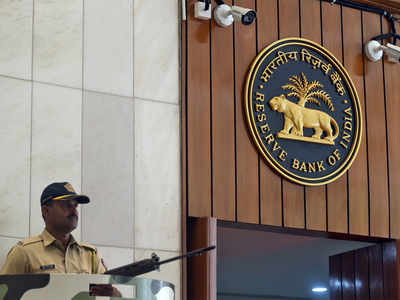 RBI imposes Rs 2 crore penalty on Standard Chartered Bank
