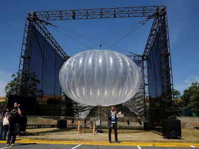 Google's hot-air balloon project, providing cell service, is closing down