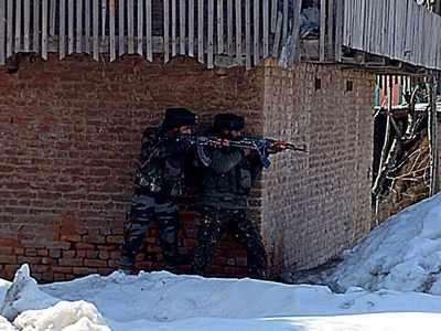 Two militant associates of LeT arrested in Jammu and Kashmir