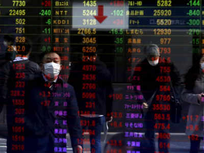 Asian shares rise as risk assets shine; Australian central bank eyed